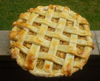 Kitchenette: Red Delicious Apple Pie