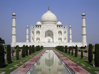 Sejarah Taj Mahal di India