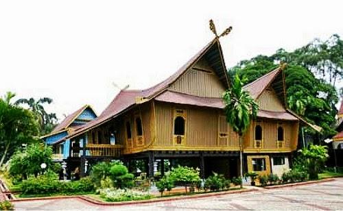 Gambar Rumah Adat Dan Namanya Lengkap Dari 34 Provinsi Di Indonesia 6 Panggung