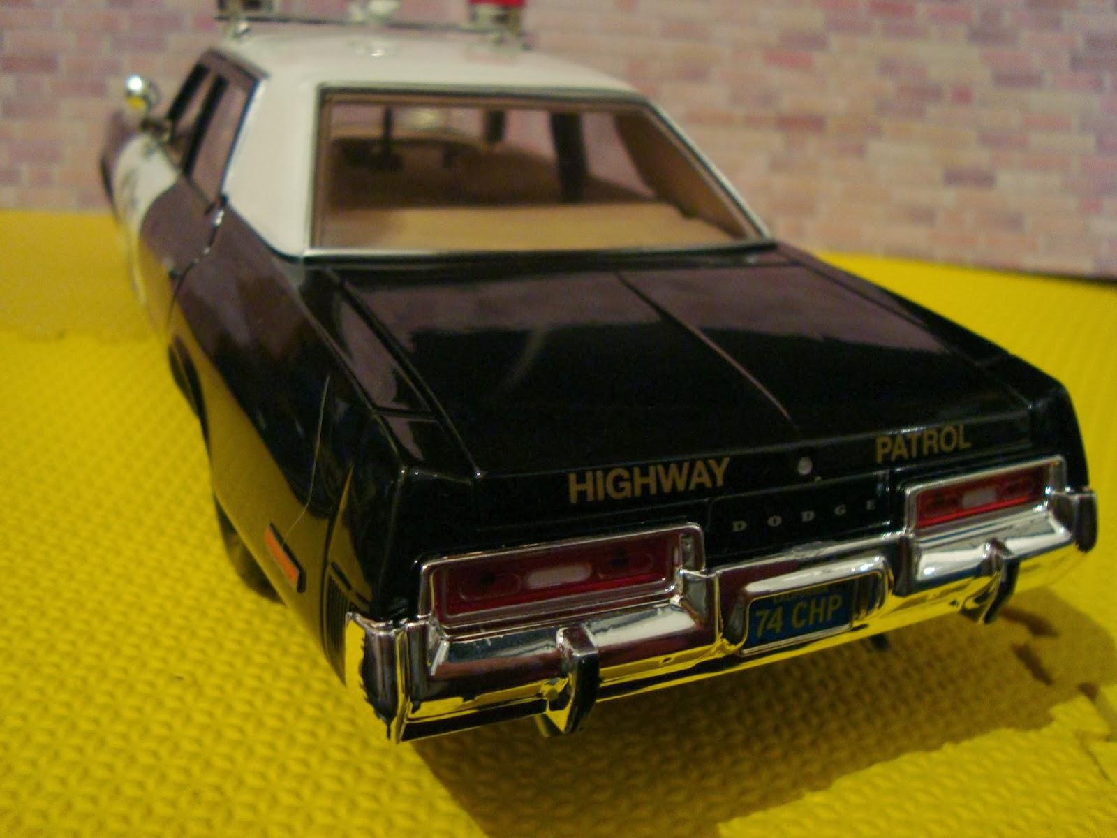 Diecast American Car Nutz 1974 Dodge Monaco Chp