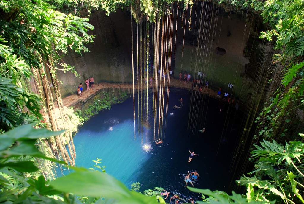 chichen itza mexico natural swimming pool ik kil cenote yucat n mexico