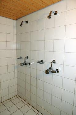 Duschenraum