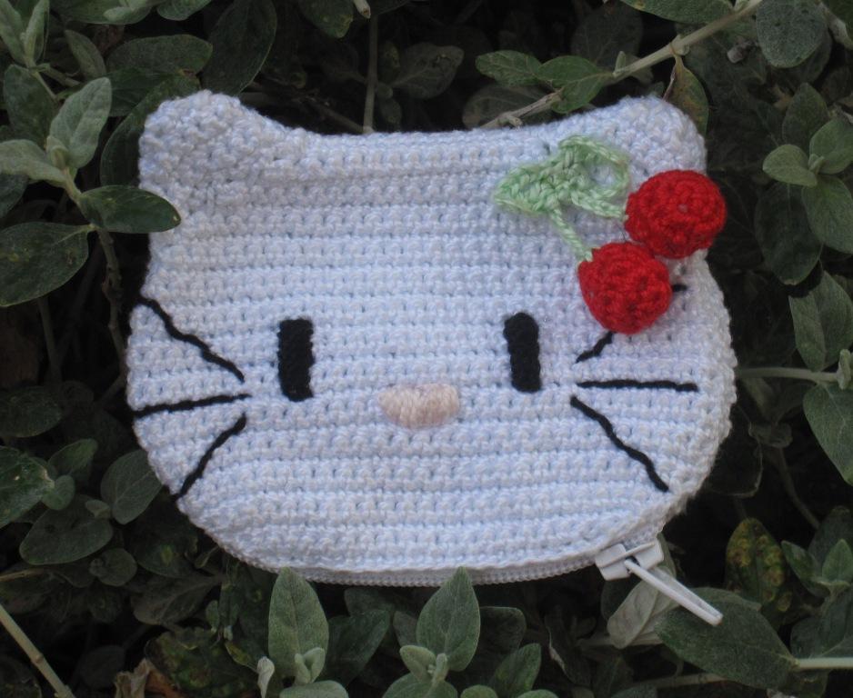 Monedero infantil con cabeza de Hello Kitty
