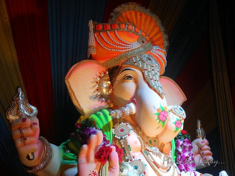 Stunning Ganesha, Ganesh Pandal Hopping, Mumbai