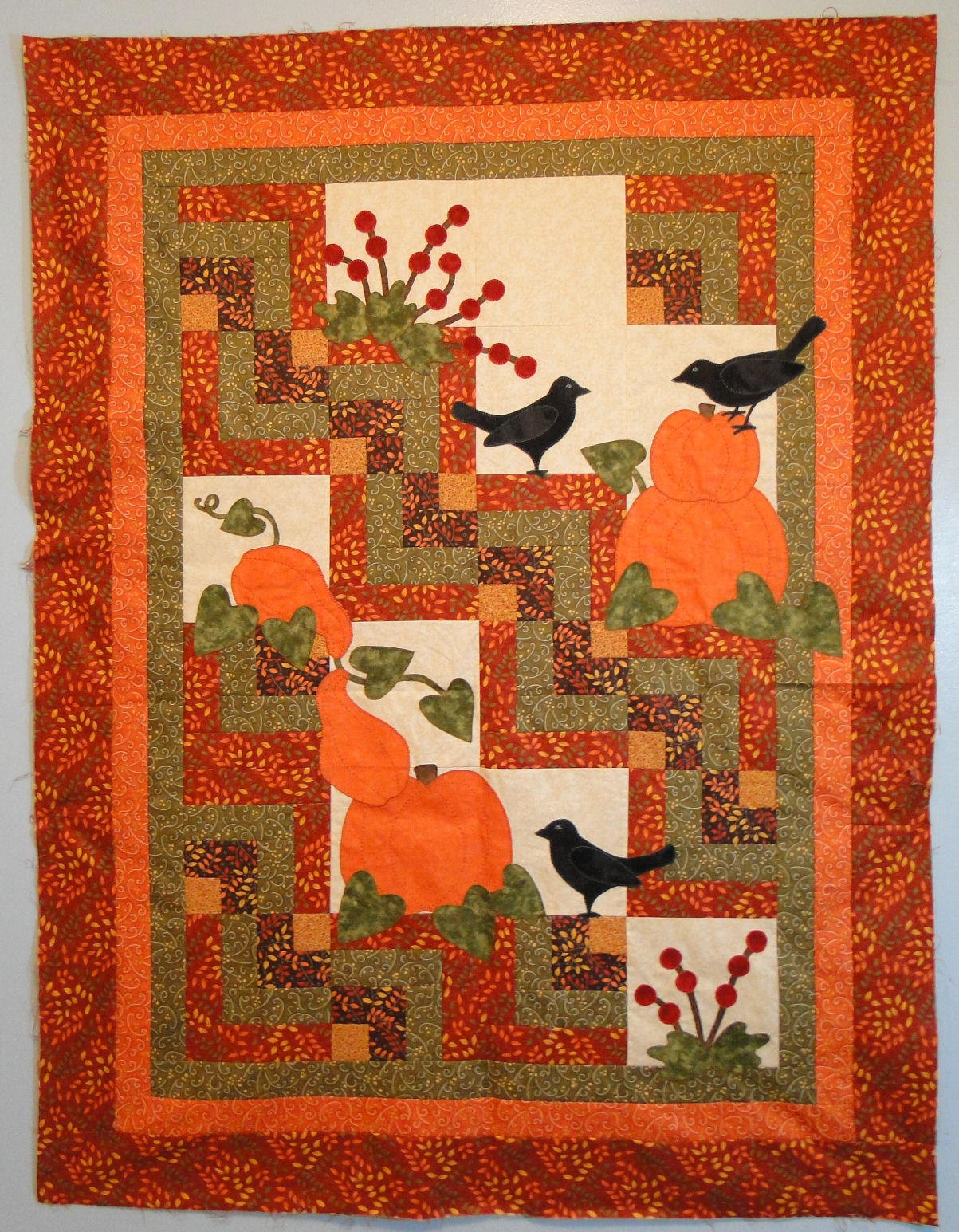 i quilt scarlet and gray pattern testing 101. Black Bedroom Furniture Sets. Home Design Ideas