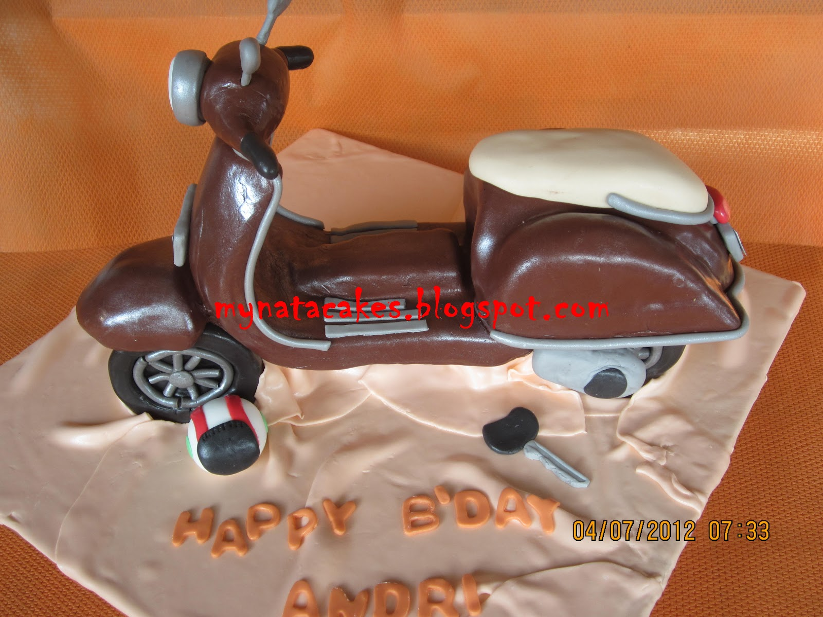 Mynata Cakes Vespa birthday cake for Andry