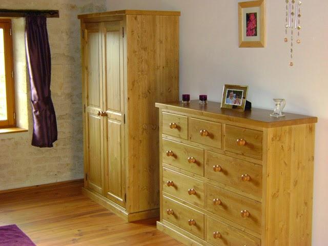 Pine wardrobe and drawers. Furniture Manufacturer in Malaysia