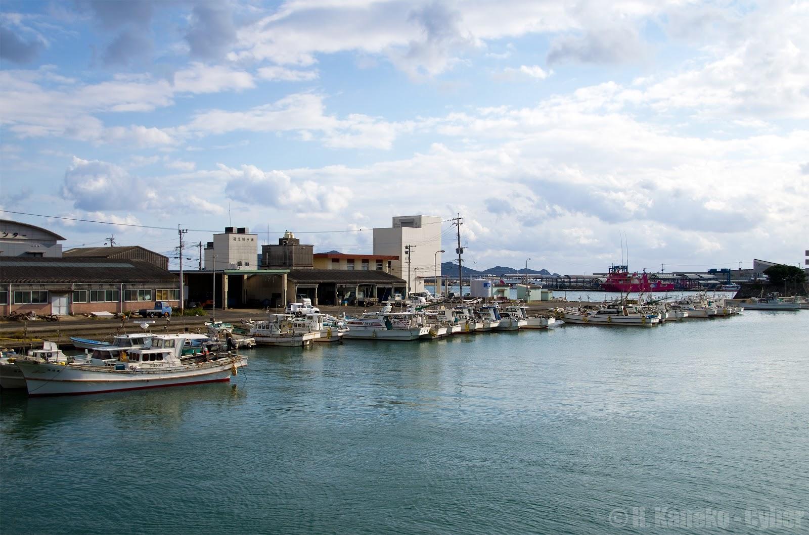 福江港の朝