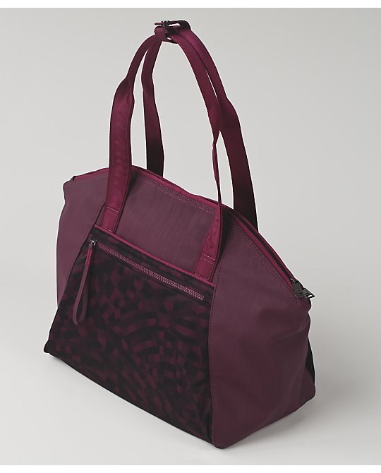 lululemon free-to-be-bag