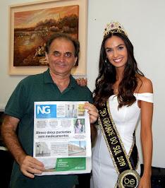Airton Engster dos Santos e a Miss Rio Grande do Sul Bianca Sheren