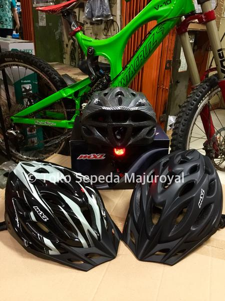 Helm MXL Lampu Led seperti Helm Avand