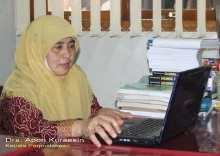 Kepala Perpustakaan SMAN 6 Bandung