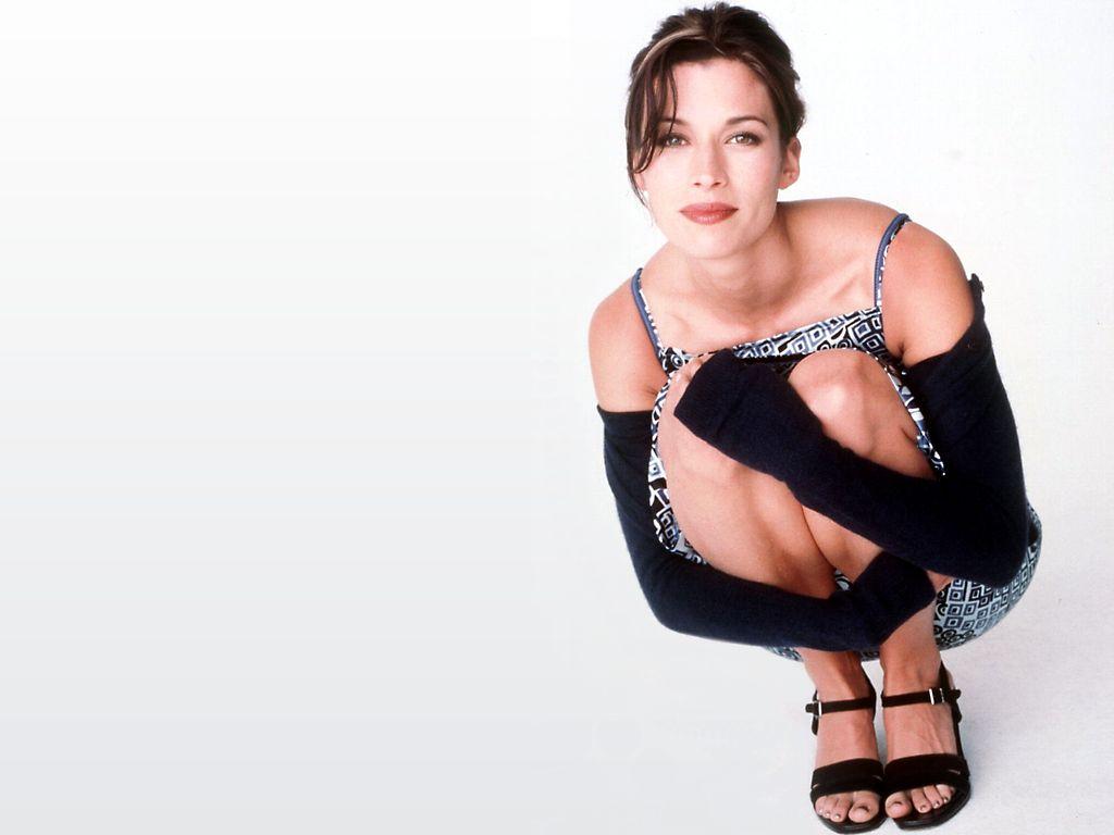 Brooke Langton Net Worth