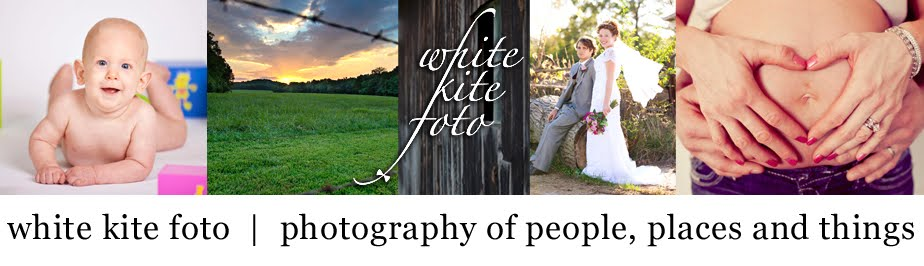 white kite foto  |  photography of people, places and things