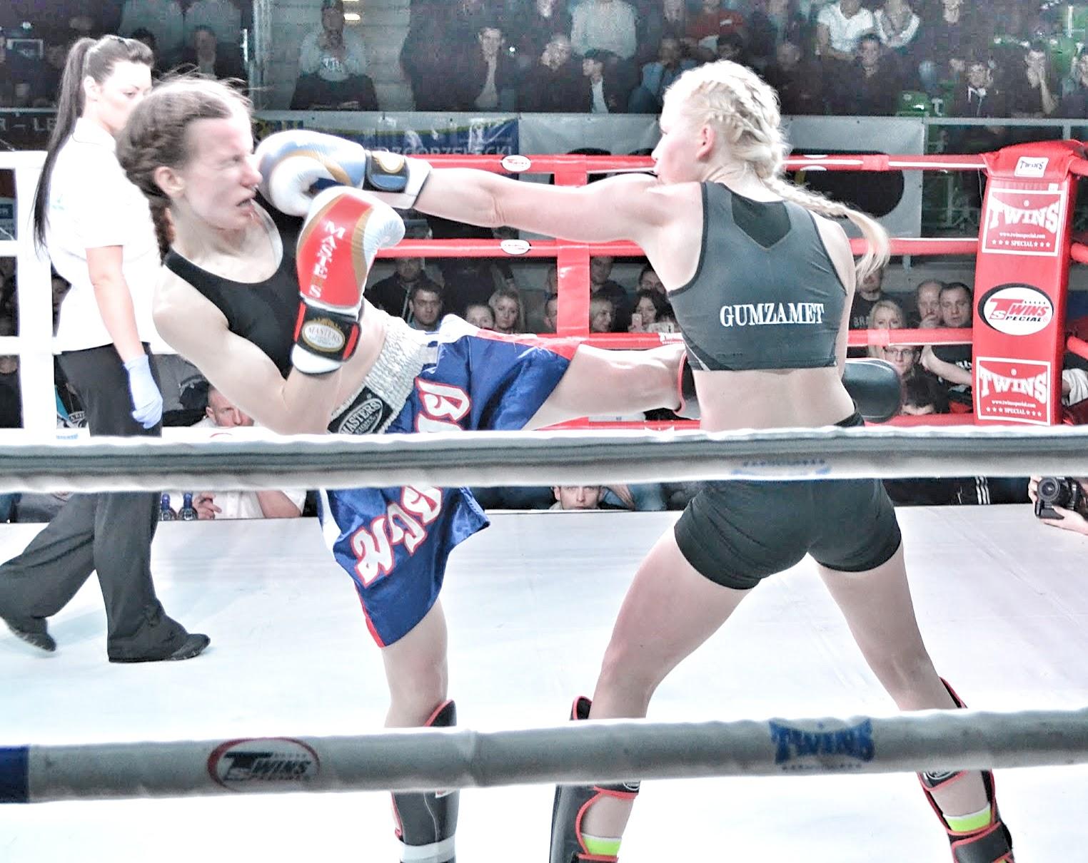 PGE Turów Arena, Zgorzelec, Emilia Czerwińska, Kickboxing, zawodowo, treningi, sport, kobiety, Zielona Góra, Gumzamet, kariera,