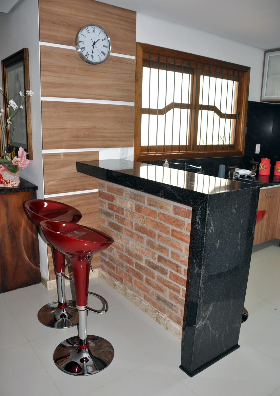 Cozinha de Granito e Bancada em granito Black Star Marmoraria MPK #6C3828 1133 1600