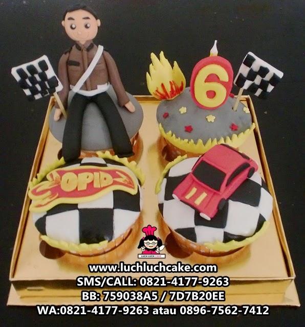 Cupcake Tema Hot Wheels dan Polisi Daerah Surabaya - Sidoarjo