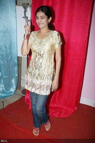 Anjali Mehta Hot Photos from Tarak Mehta ka Oolta Chasma