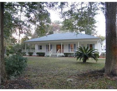 http://www.trulia.com/property/3138838918-1-Cedar-View-Ct-Savannah-GA-31410