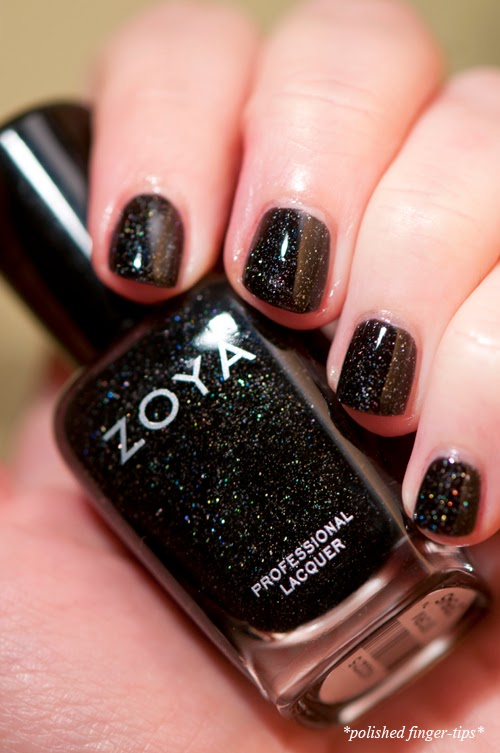 Zoya Storm - artificial light