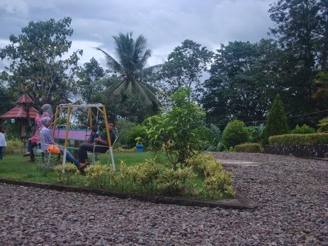 Wisata Sejarah Taman Purbakala Batupake Gojeng Sinjai