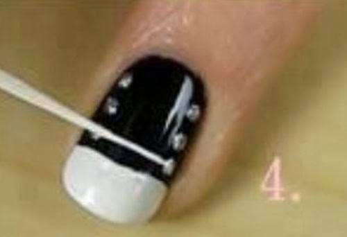 Amazing black and gold nail designs