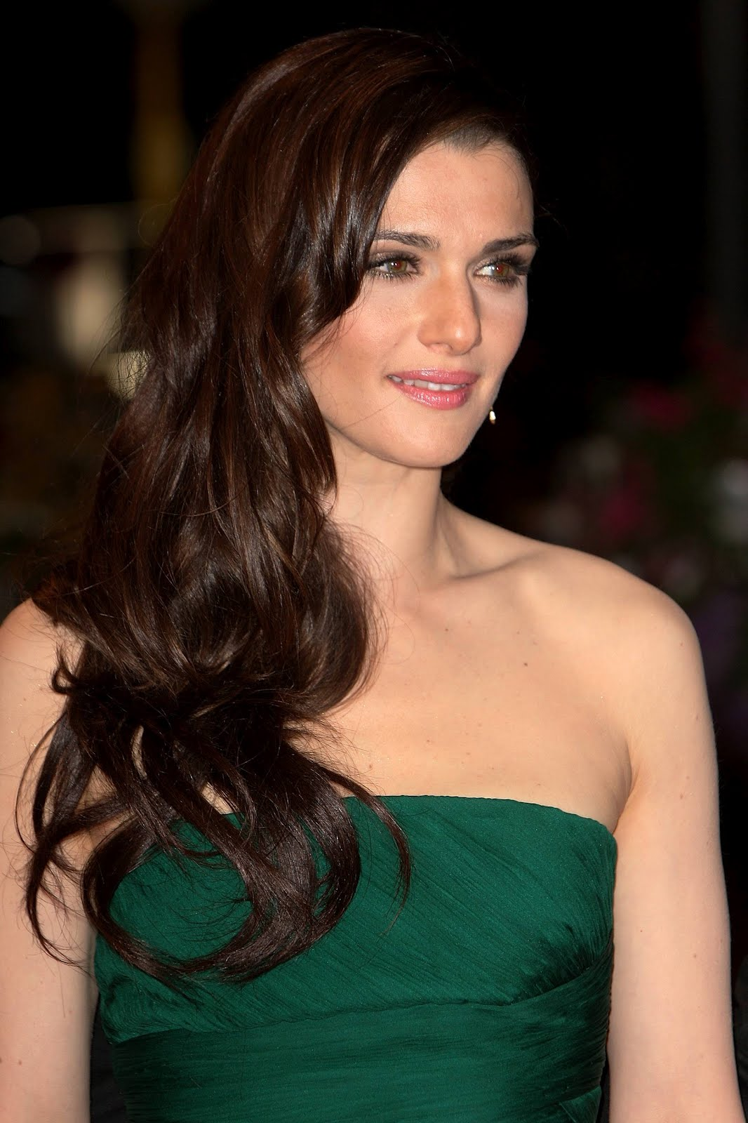 Porm celebrity hairstyles - Layers Of Medium And Long Term Side And Rear Of The Waves Rise And The Whole Movement And Softness The Long Wavy Hairstyle Look Easy To