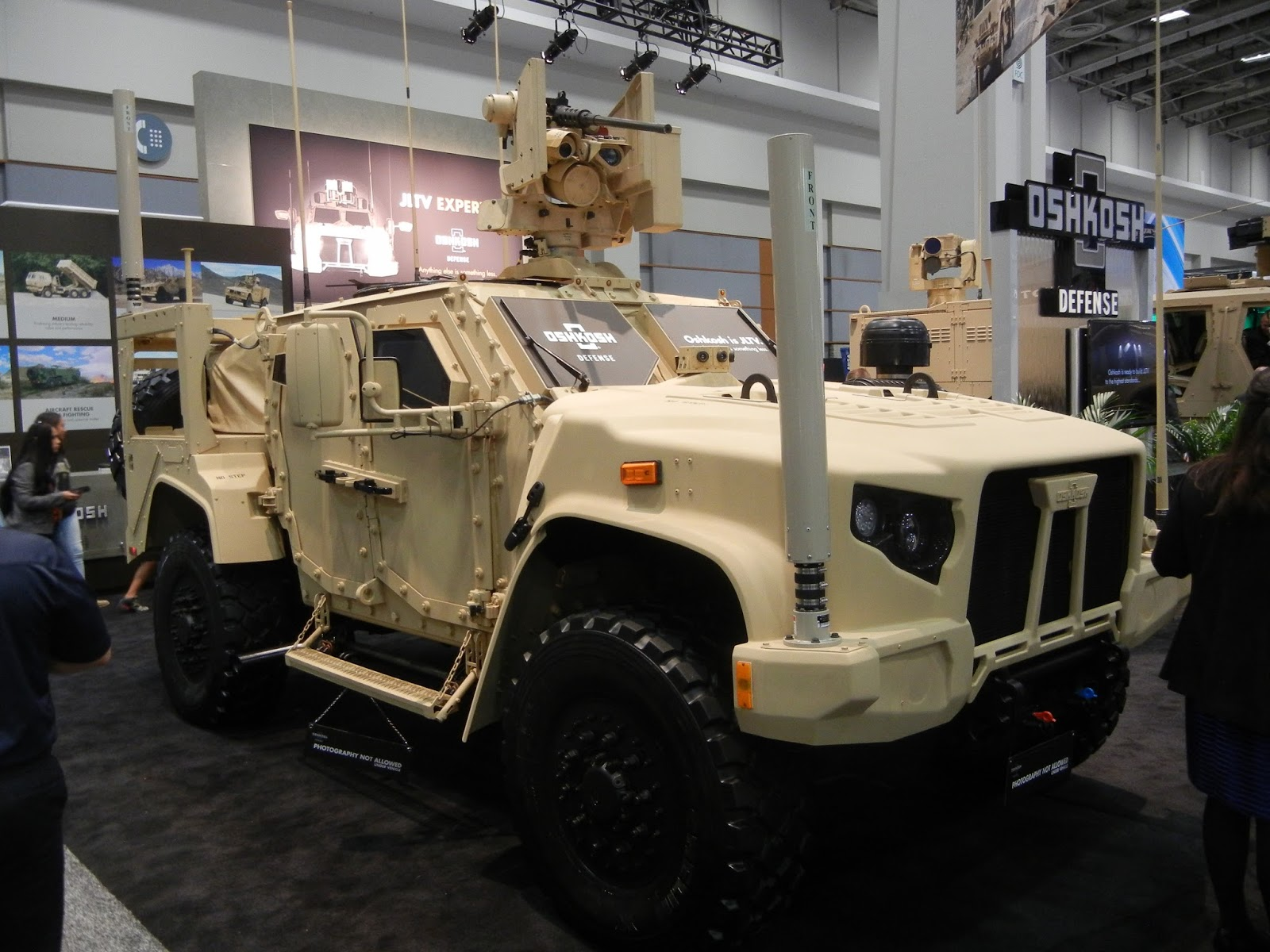 Oshkosh Defense Jltv >> Military Technology Ausa 2015 Oshkosh Defense Wins Jltv