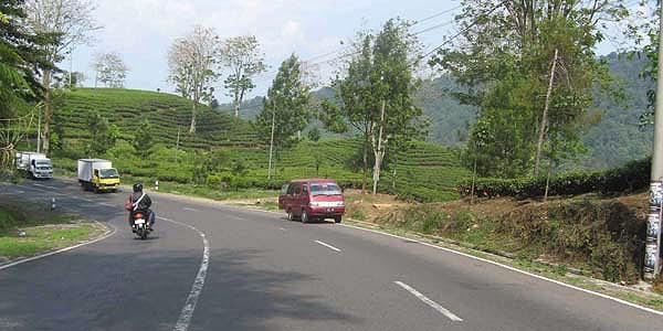 Tanjakan Emen Kabupaten Bandung