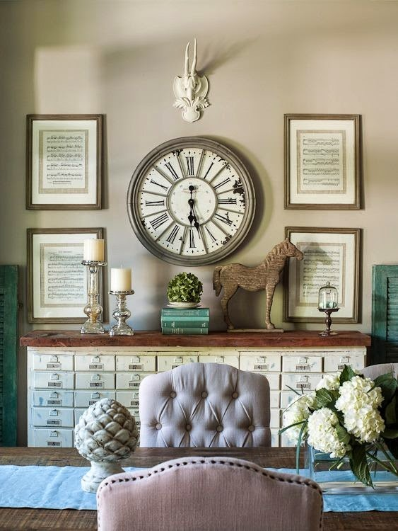 Dining room wall clocks