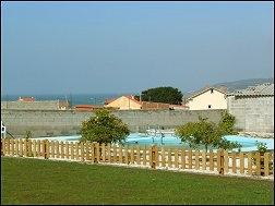 Casas completas galicia alquiler de vacaciones casa de alquiler en playa de razo carballo - Apartamentos con piscina en galicia ...