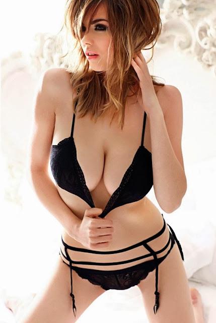 Naked girls, sexy bikini