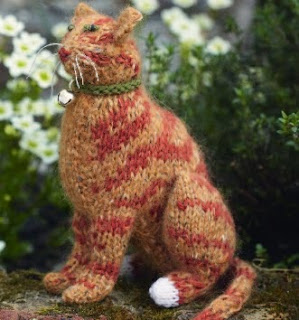 http://www.lovecrafts.co.uk/projects/files/2012/03/Ginger_Cat.pdf