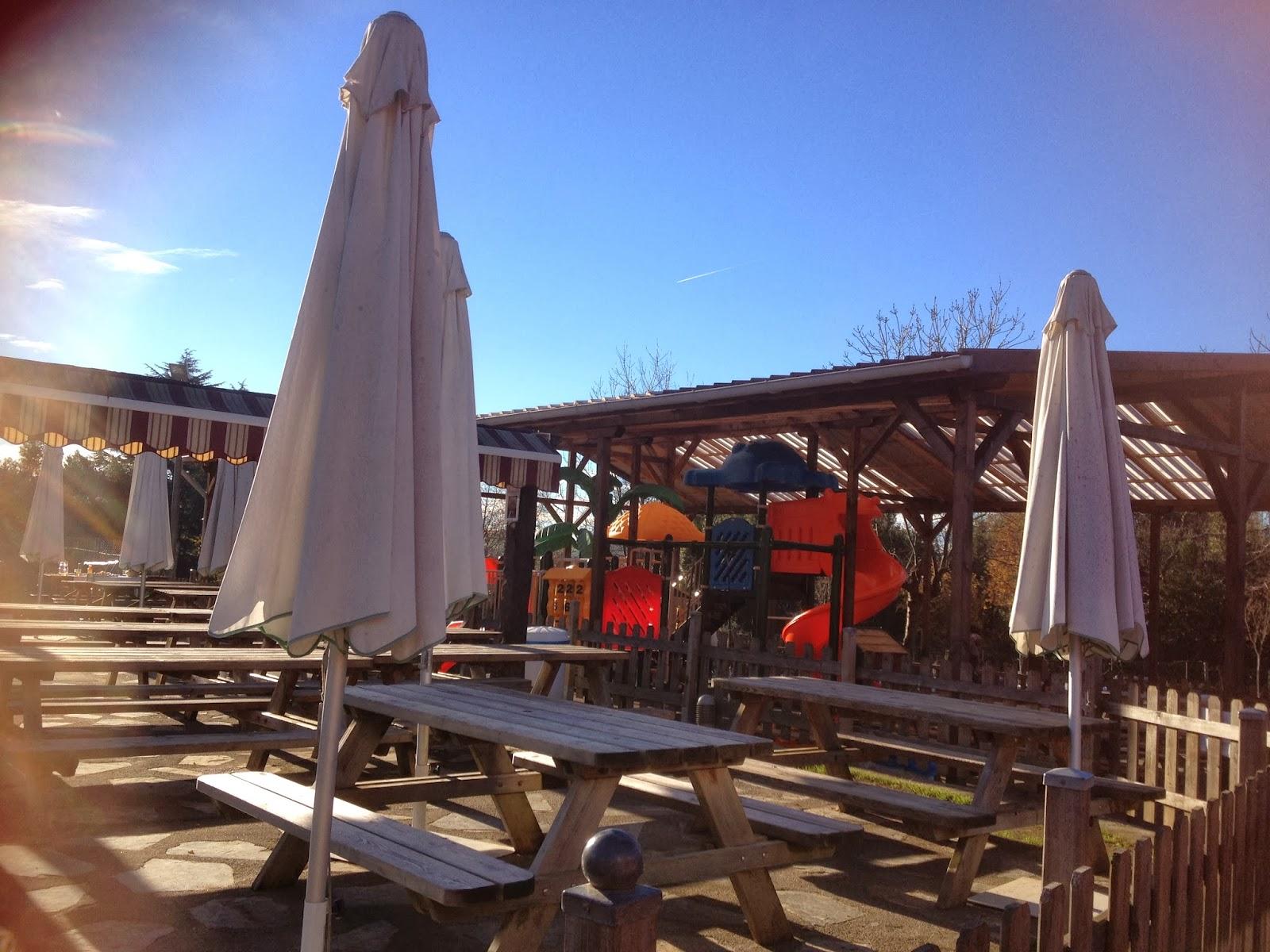 Asturias con niños a dónde vamos hoy a Zona de juegos en el Camping Deva