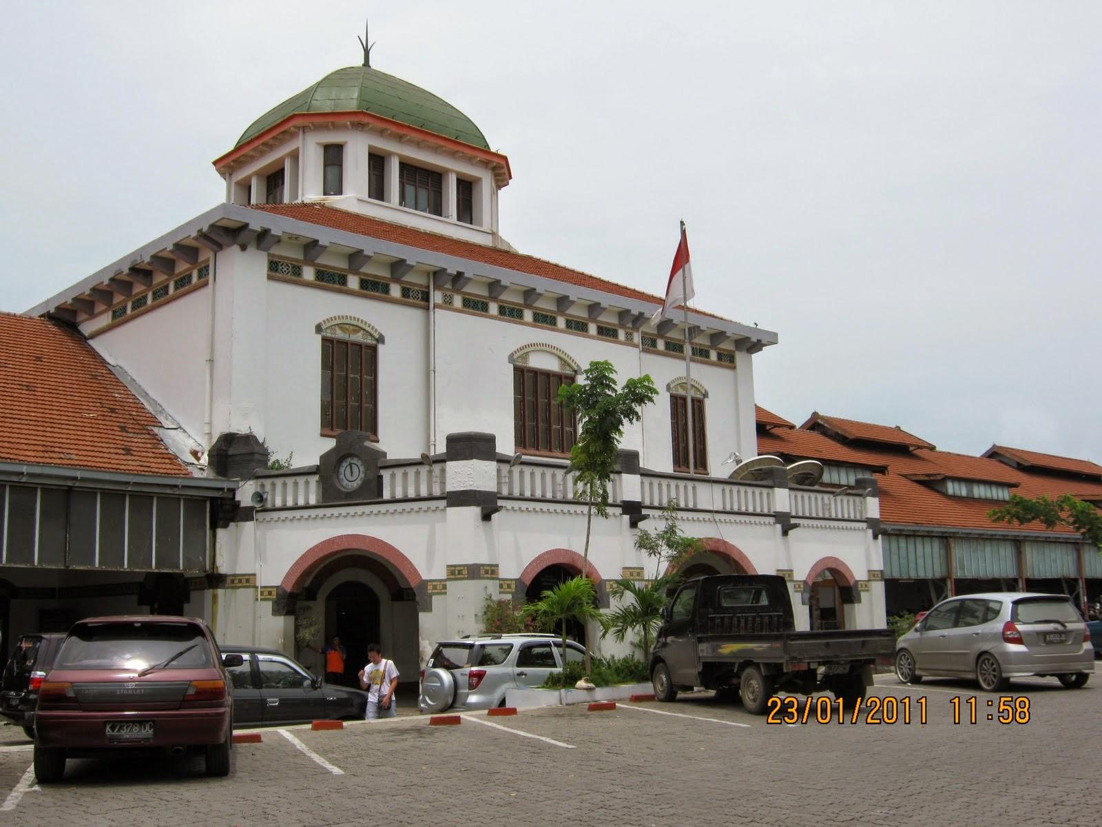 Arsitektur Kolonial