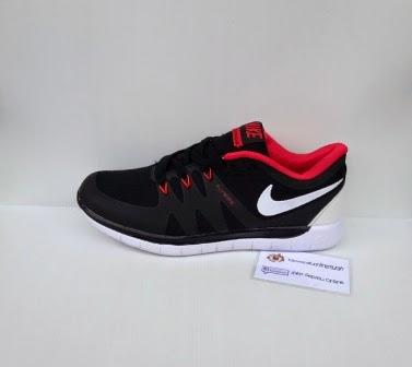 Nike Flywire Untuk Lari, Nike Flywireuntuk olah raga, sepatu warna Merah