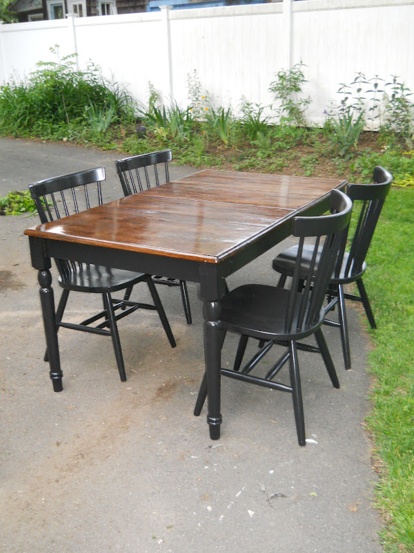 Heir And Space Vintage Pecan Dining Table Set