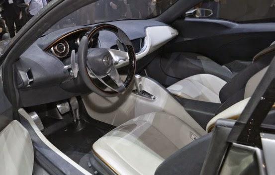 2016 Maserati Alfieri interior