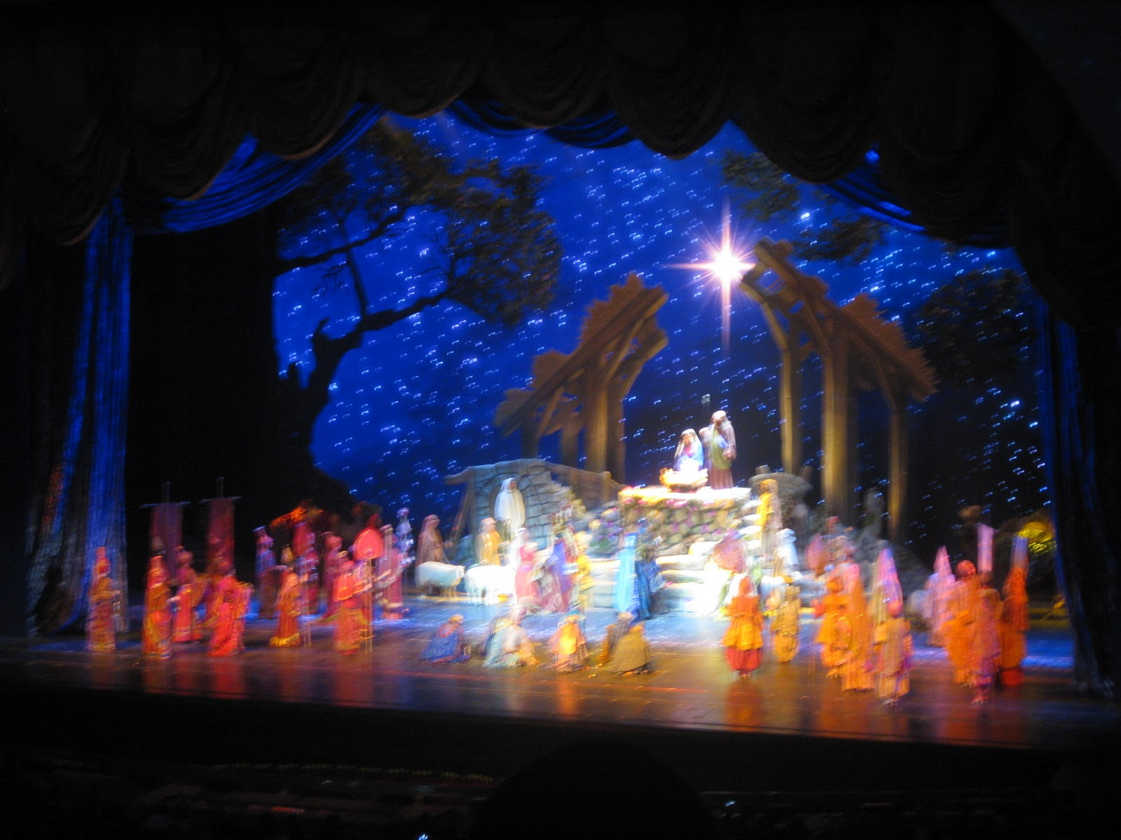 Radio City Christmas Spectacular | The Topping on the Cake