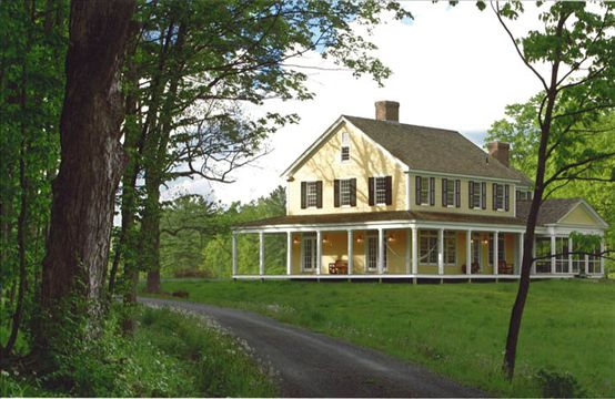 Amanda cromwell farmhouse style exterior Farm houses with wrap around porches