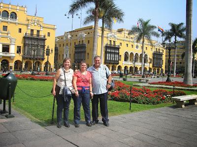Club de la Unión,  Municipalidad Metropolitana de Lima, Perú, La vuelta al mundo de Asun y Ricardo, round the world, mundoporlibre.com