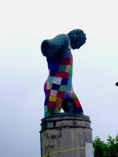 Street knitting leioan