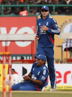 Samit Patel and Kevin Pietersen-5th ODI India v England, Dharamsala