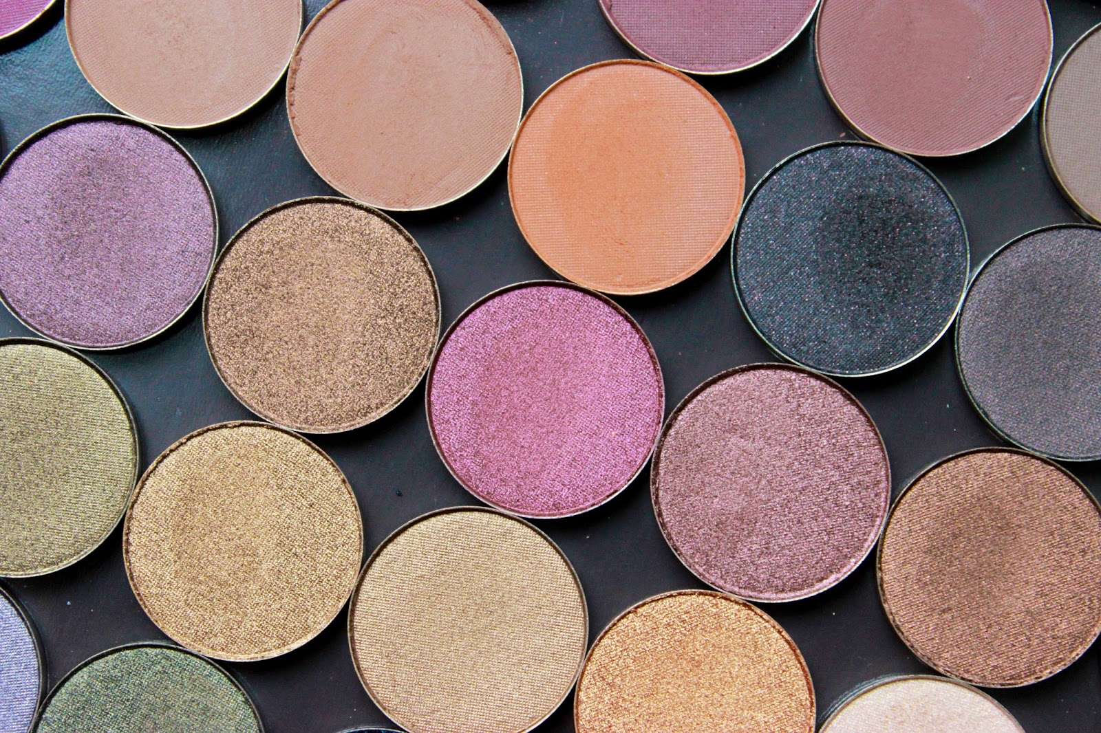 Coastal Scents Hot Pots Swatches Discoveries Of Self Blog