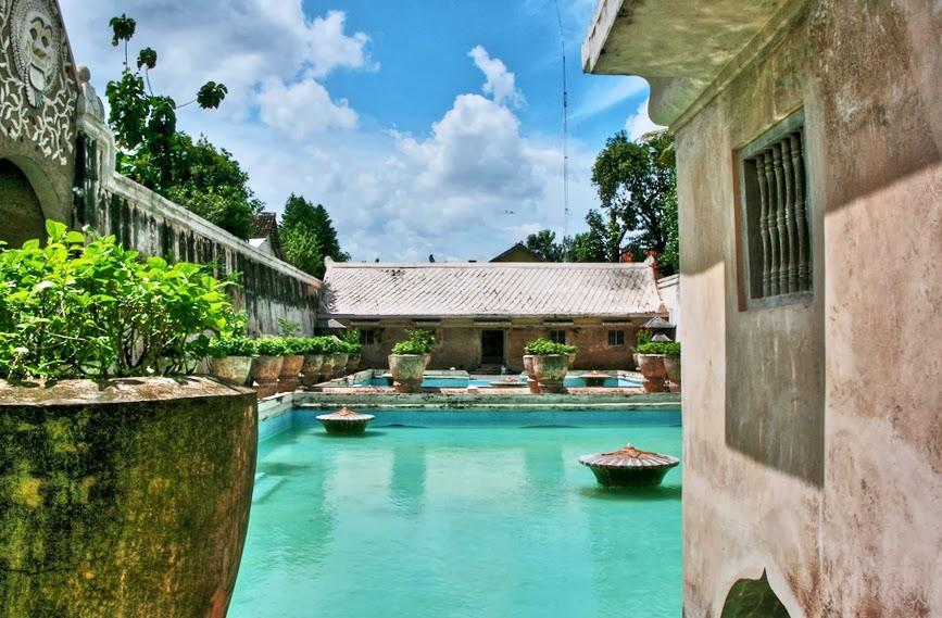 sejarah taman sari yogyakarta pdf
