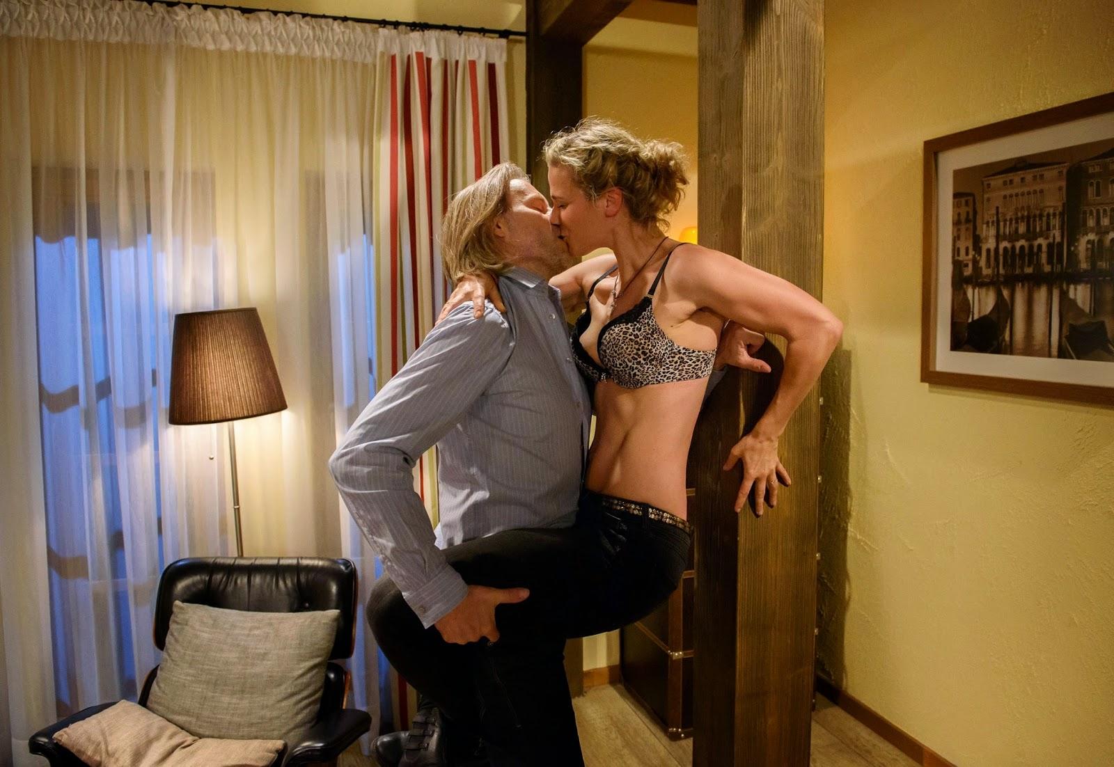 serie tv erotismo cerca su badoo