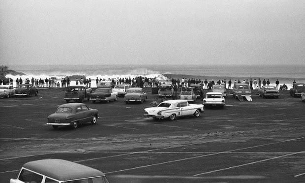 Tanda-tanda zaman dahulu, parkiran pada Redondo Breakwall, 1962