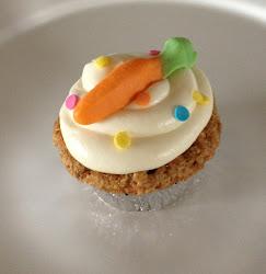 Carrot Cake w/ Cream Cheese Icing