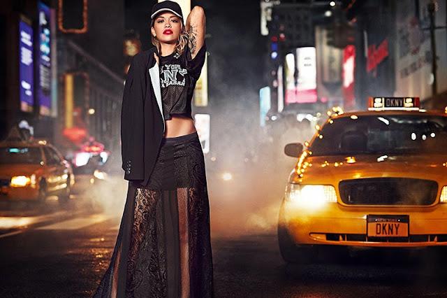dkny, 2014 elbise modelleri, dantel elbise, transparan elbise, kısa elbise, siyah elbise, desenli elbise, gece elbisesi,
