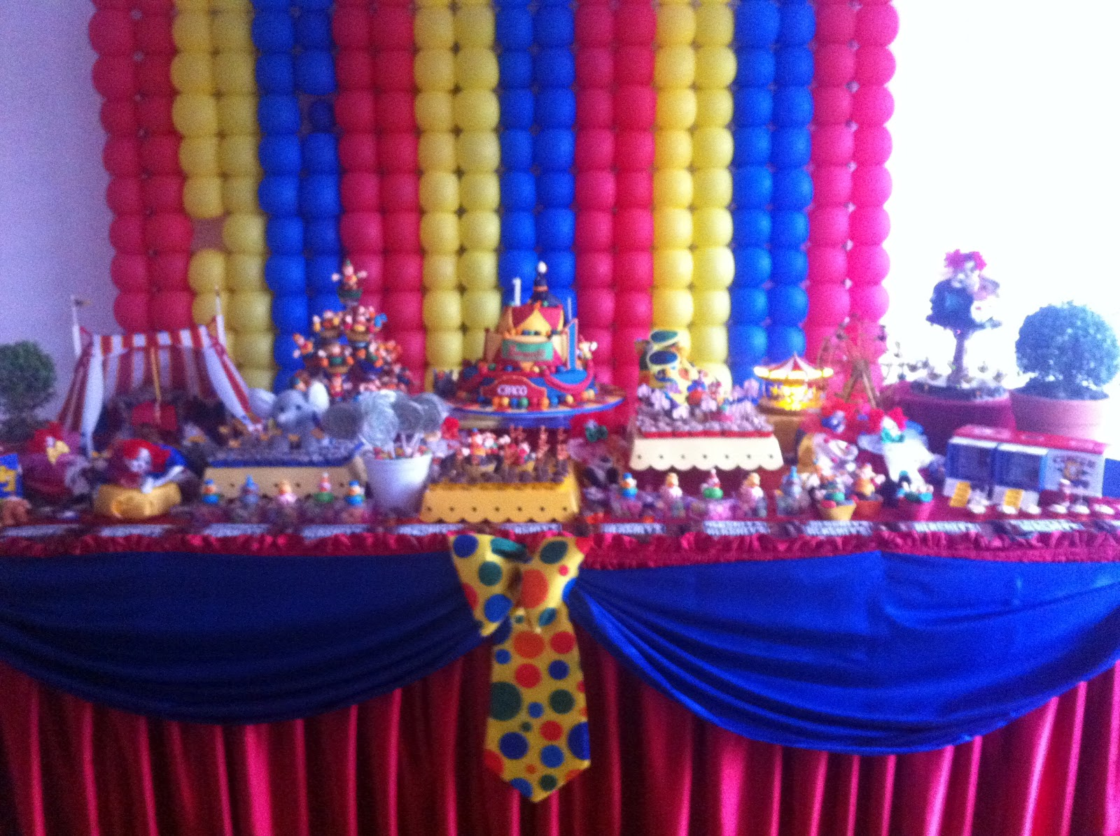 A circus party celebrate decorate for Clown dekoration